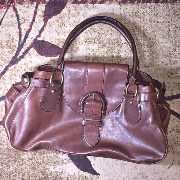 Banana Republic Handbags - Brown Leather Banana Republic Purse 👜